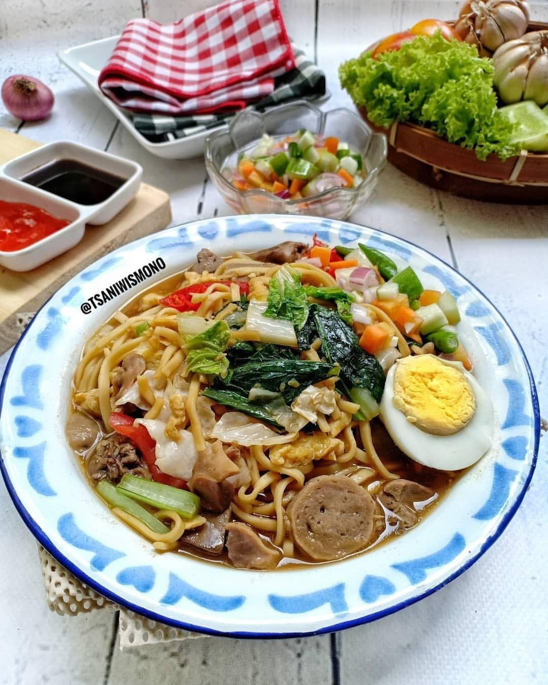Bakmi Jawa Spesial (nyemek) . Happy dinner  Musim hujan begini, paling enak me...