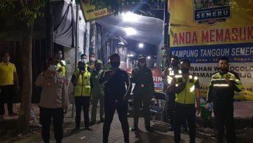 "Kegiatan Pengechekan dan Pemantauan POSKO COVID-19 ""KAMPUNG TANGGUH SEMERU"" di Kelurahan Wonoco..."