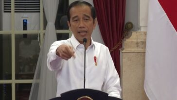 Jokowi: Percepat Pembayaran Insentif dan Santunan Petugas Kesehatan