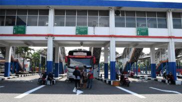 Hampir Sebulan Dibuka Pasca Penutupan, Terminal Purabaya Masih Landai