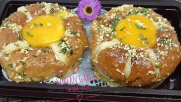 Posted @withregram • @st.arlina   Korean garlic bread easy  Bahan bahan 6 roti b...