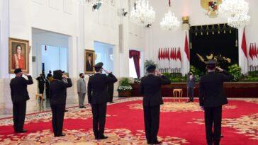 Presiden Anugerahkan Tanda Kehormatan kepada Empat Anggota Polri