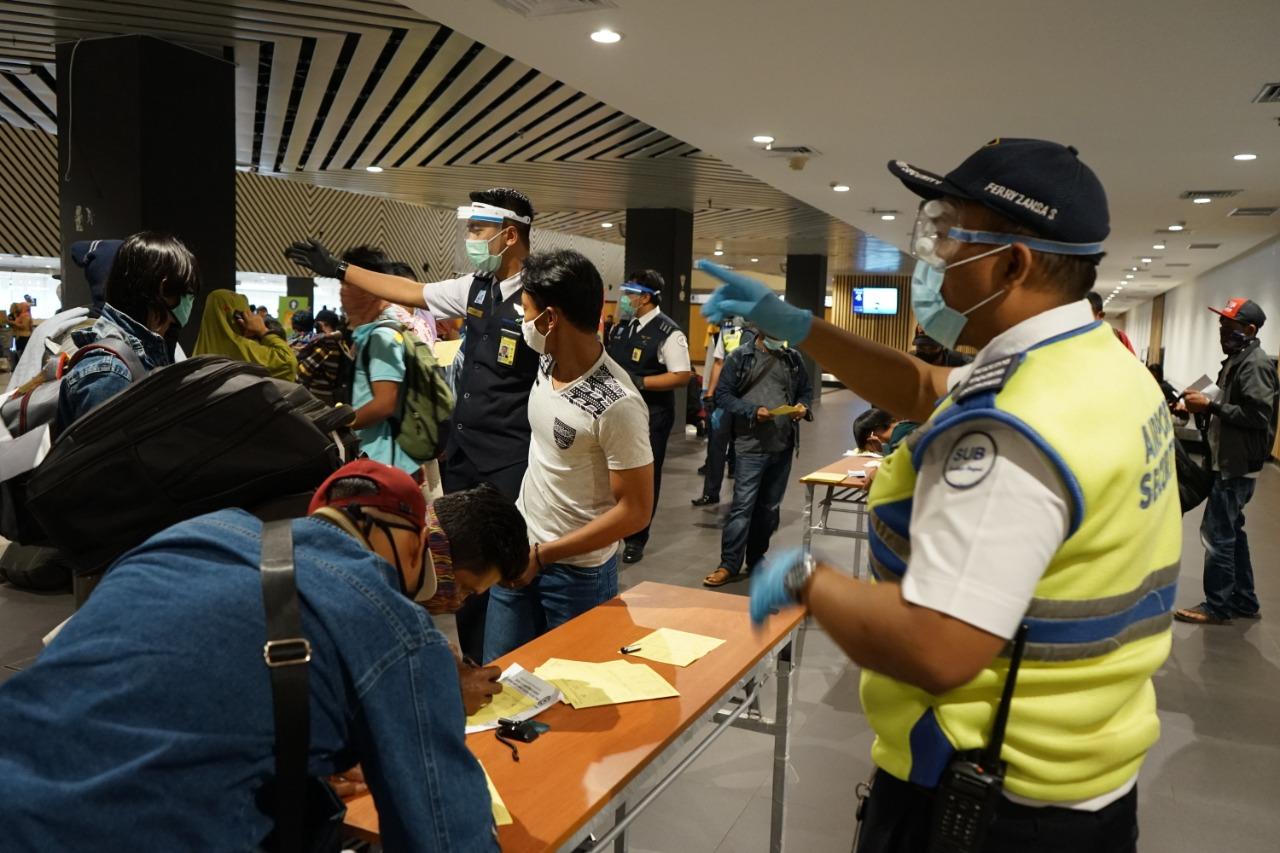 Aktifitas Penerbangan Bertambah, Bandara Juanda Bentuk Tim Monitoring Protokol Kesehatan