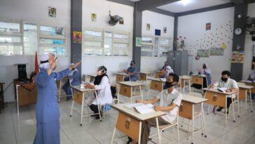 SMA/SMK di Surabaya-Sidoarjo Siapkan Skema Pembelajaran Tatap Muka